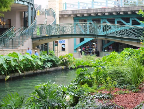 San-Antonio-RiverWalk2