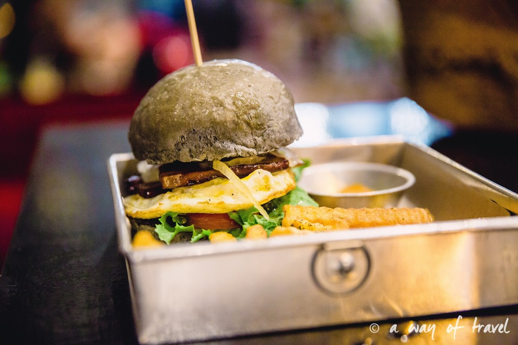Kuta bali blackhouse burger restaurant
