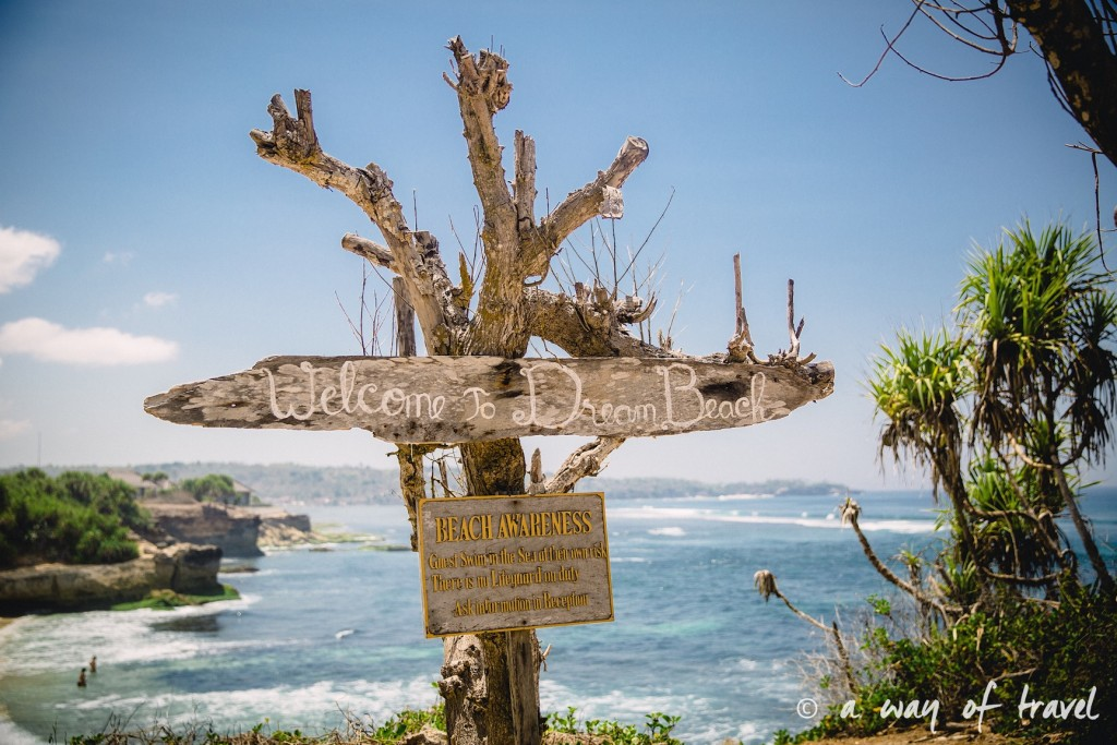 Visit Bali Indonesie Nasi Lembongan sign welcome dream beach