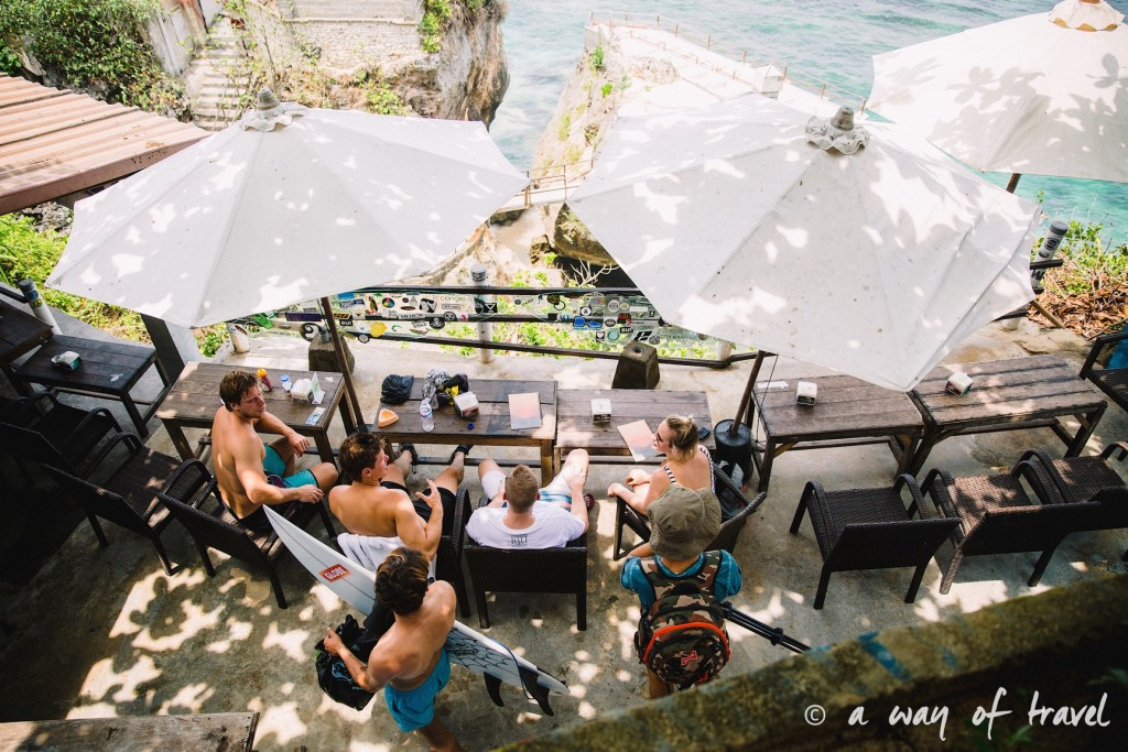 bali indonesie visiter uluwatu blue point padang padang beach surf surfeur 14