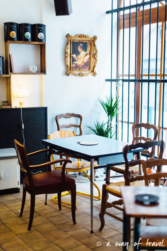 bistrot-cafe-lanartiste-toulouse-rue-des-couteliers-bar-14
