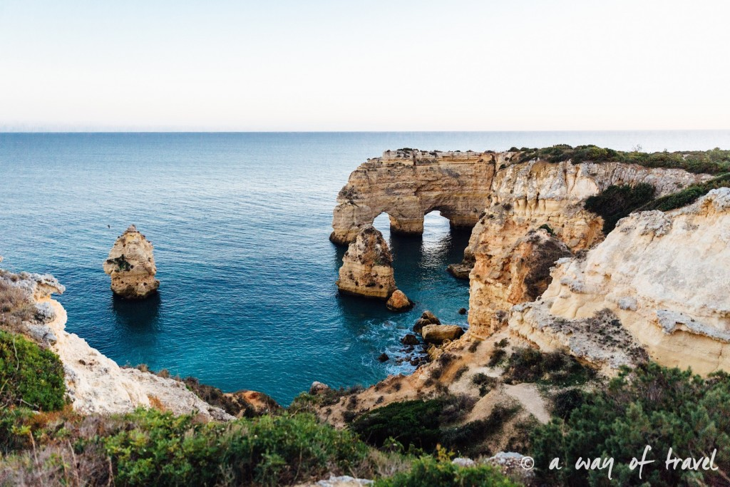 portugal-roadtrip-algarve-marinha-36