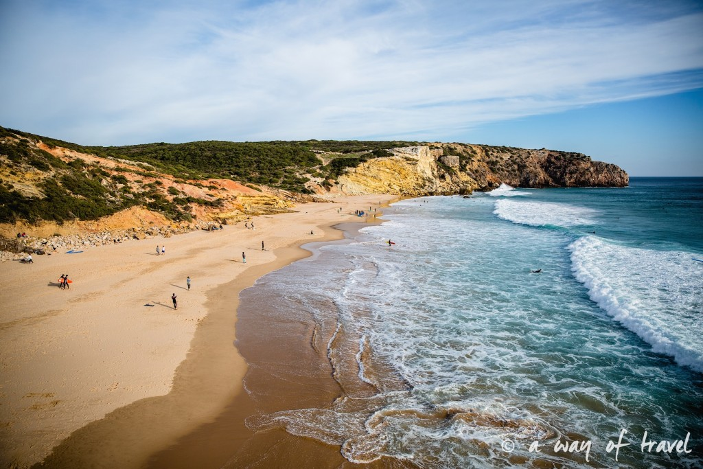roadtrip-portugal-algarve-combi-zavial-beach-praia-surf-visit-27