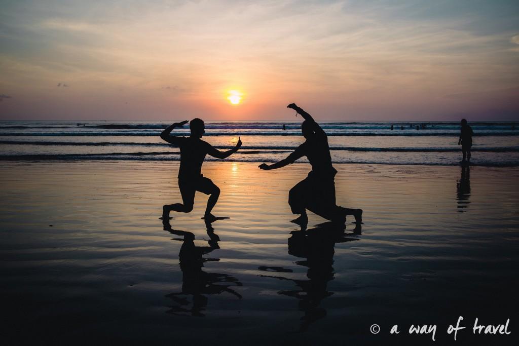 Coucher soleil ombre bali indonesie visiter luta coucher soleil 12