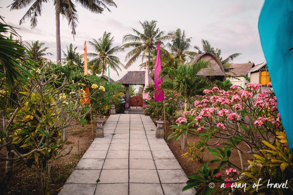 Visit Bali Indonesie Nasi Lembongan secret point entrance