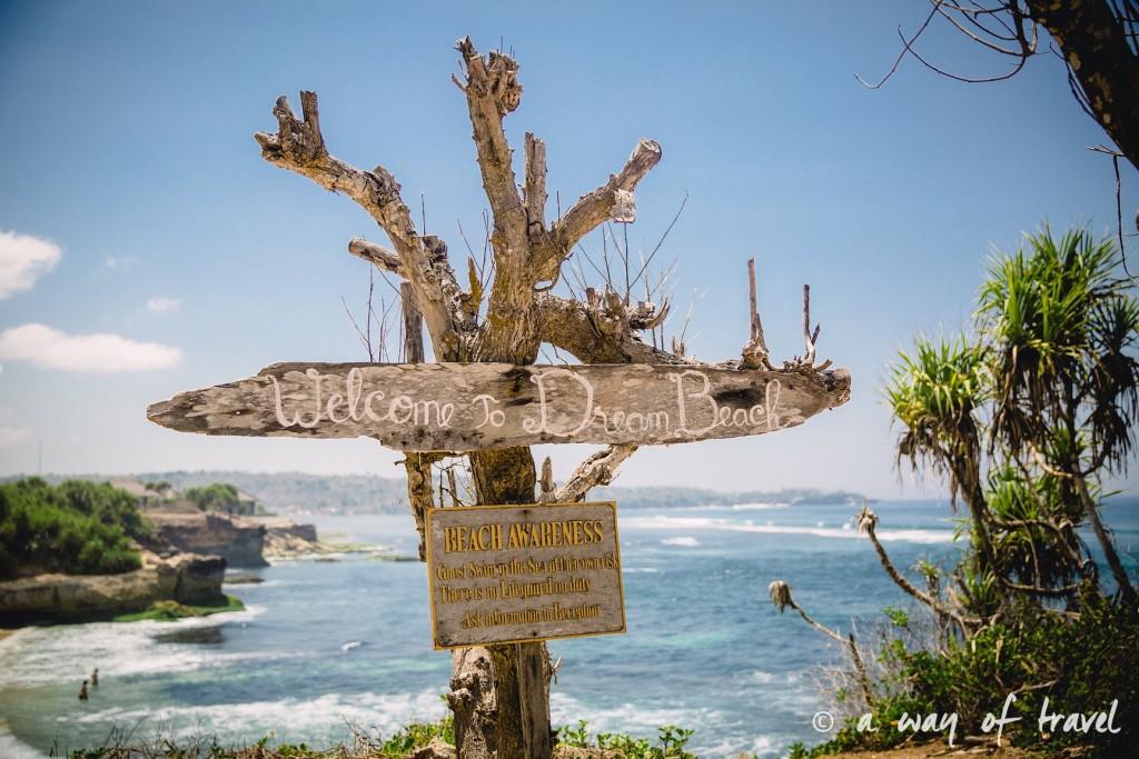 Visit Bali Indonesie Nasi Lembongan sign welcome dream beach