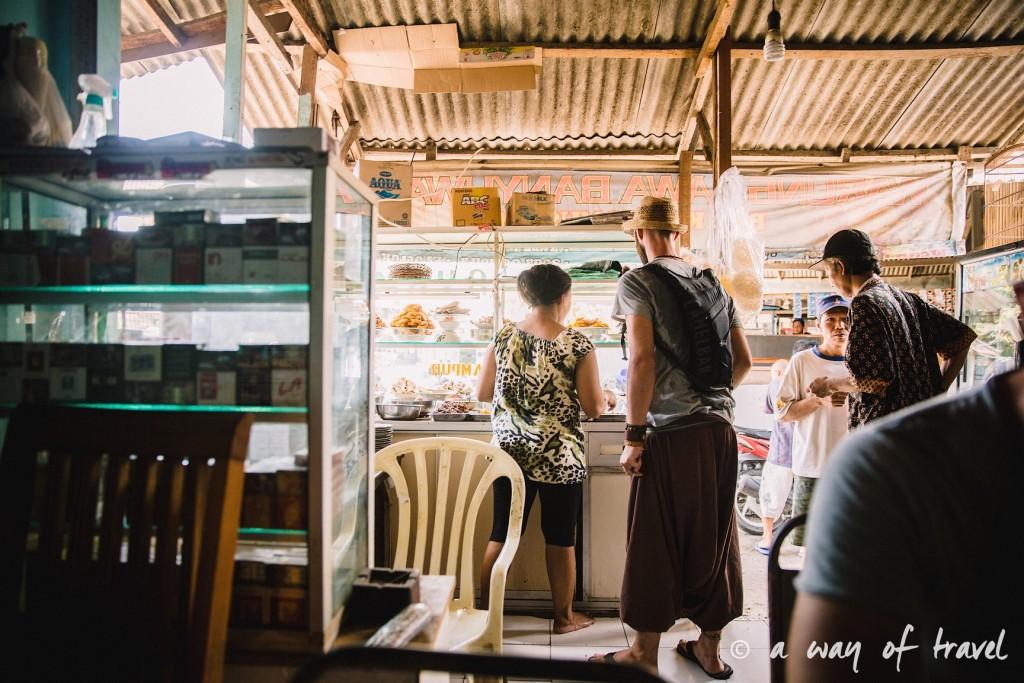 bali indonesie visiter luta coucher soleil warung