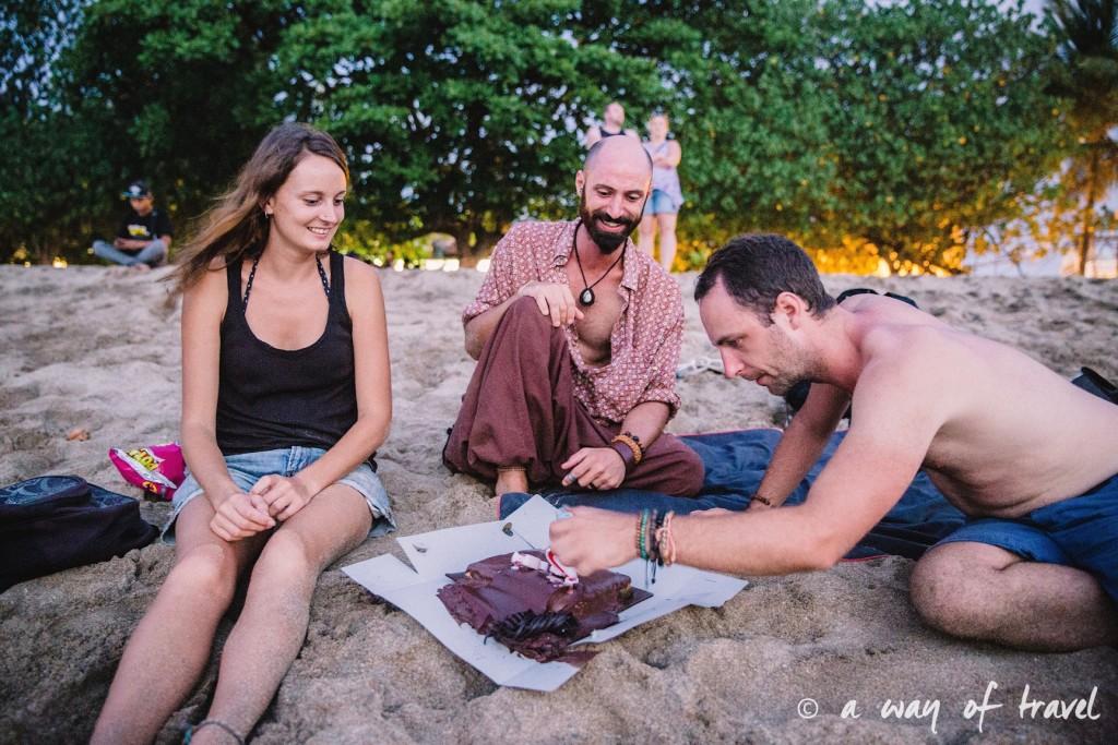 pique nique plage bali indonesie visiter luta coucher soleil 6