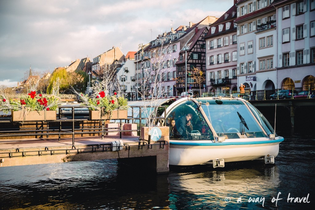 visit strasbourg marche noel christmas market capitale boat bateau visite tour