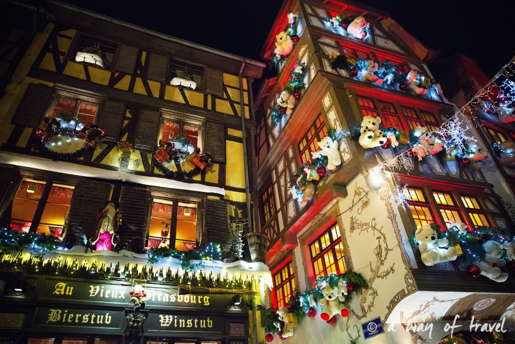 visit strasbourg marche noel christmas market capitale illumination rue maroc