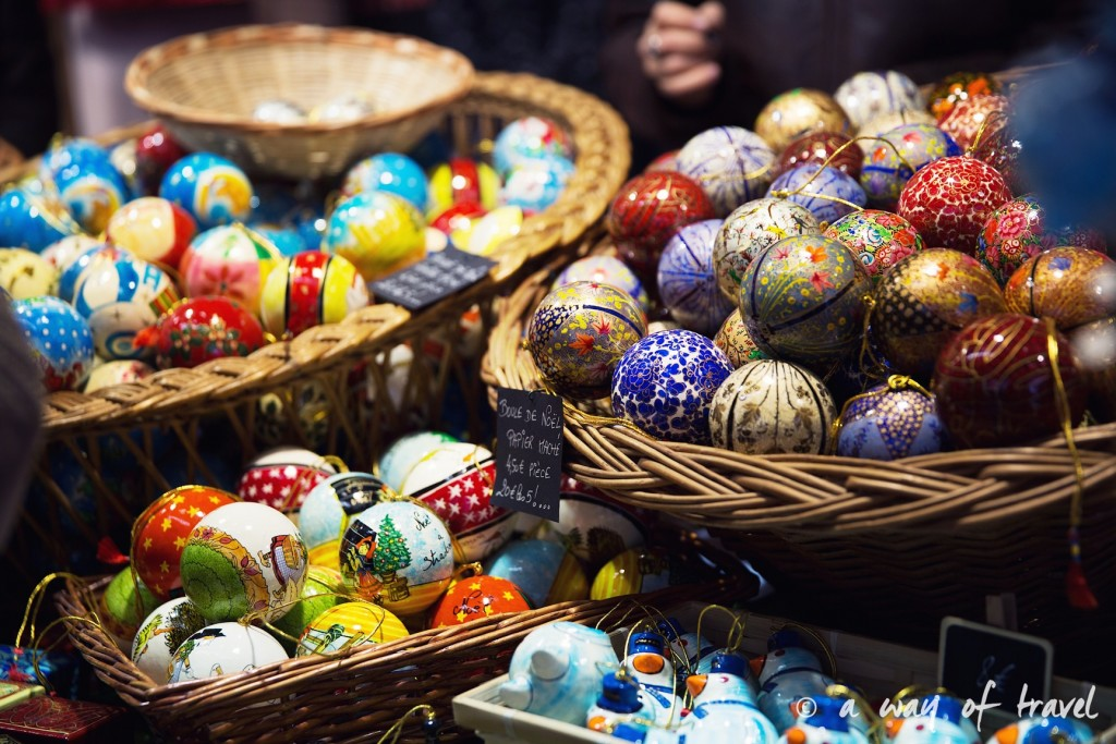 visit strasbourg marche noel christmas market capitale  oeufs