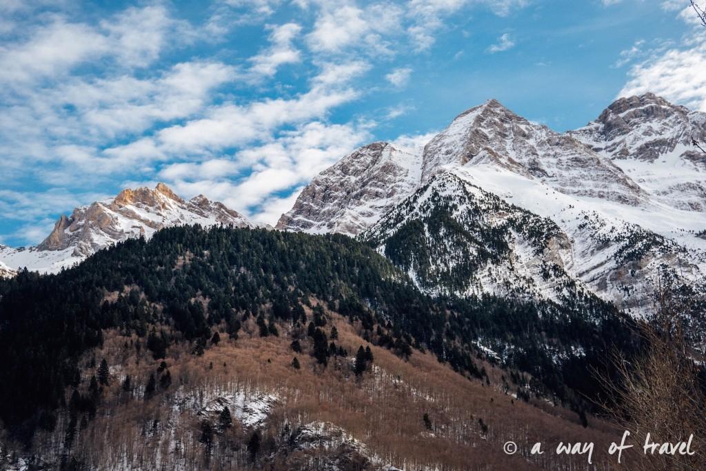 Randonnée neige raquette cirque garantie pyrenees montagne 15