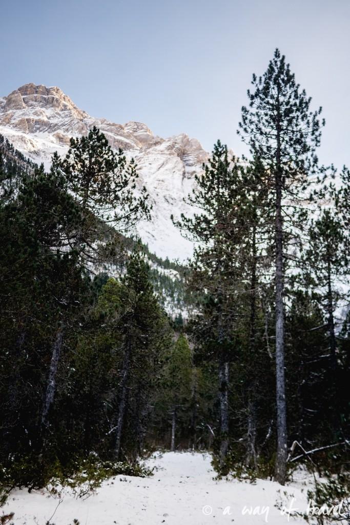 Randonnée neige raquette cirque garantie pyrenees montagne 25
