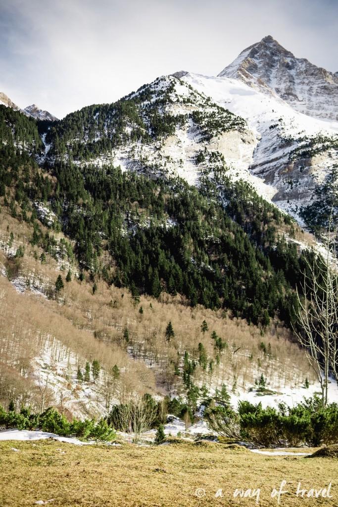 Randonnée neige raquette cirque garantie pyrenees montagne 3