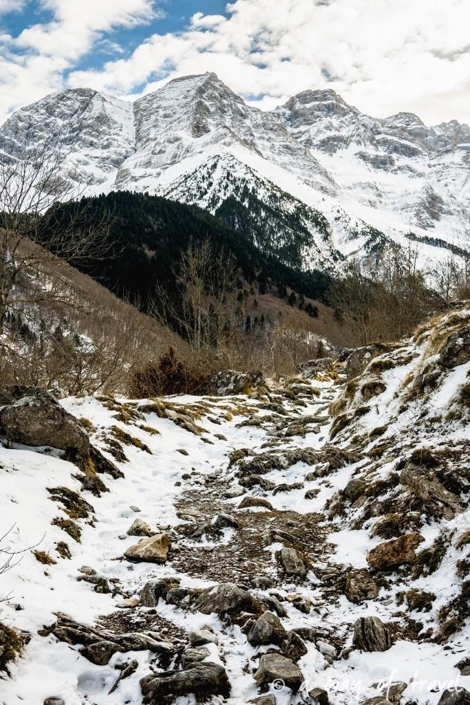 Randonnée neige raquette cirque garantie pyrenees montagne 9