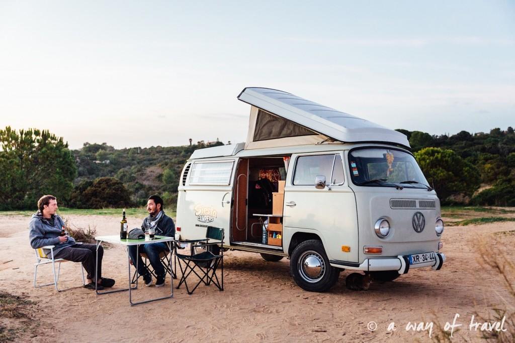 portugal-roadtrip-algarve-marinha-van-camping-combi-37