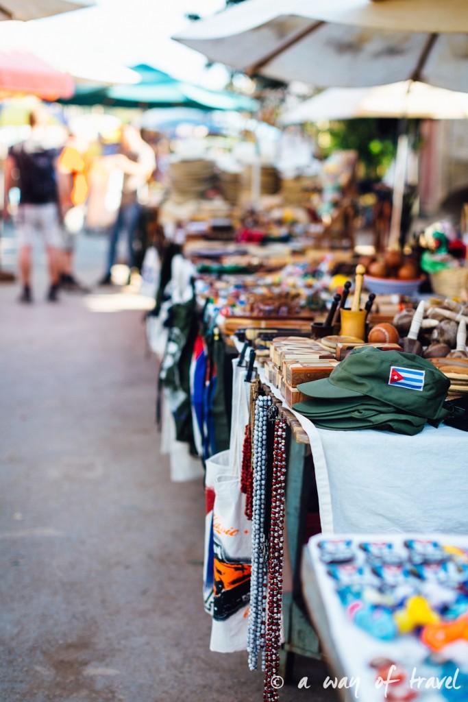 marche artisanal Vinales Cuba Guide Voyage 70