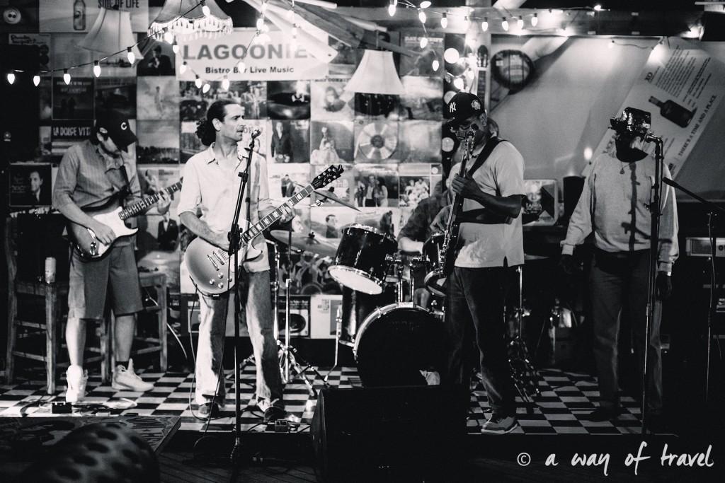 lagoonies bar sxm saint martin sint maarten concert 1