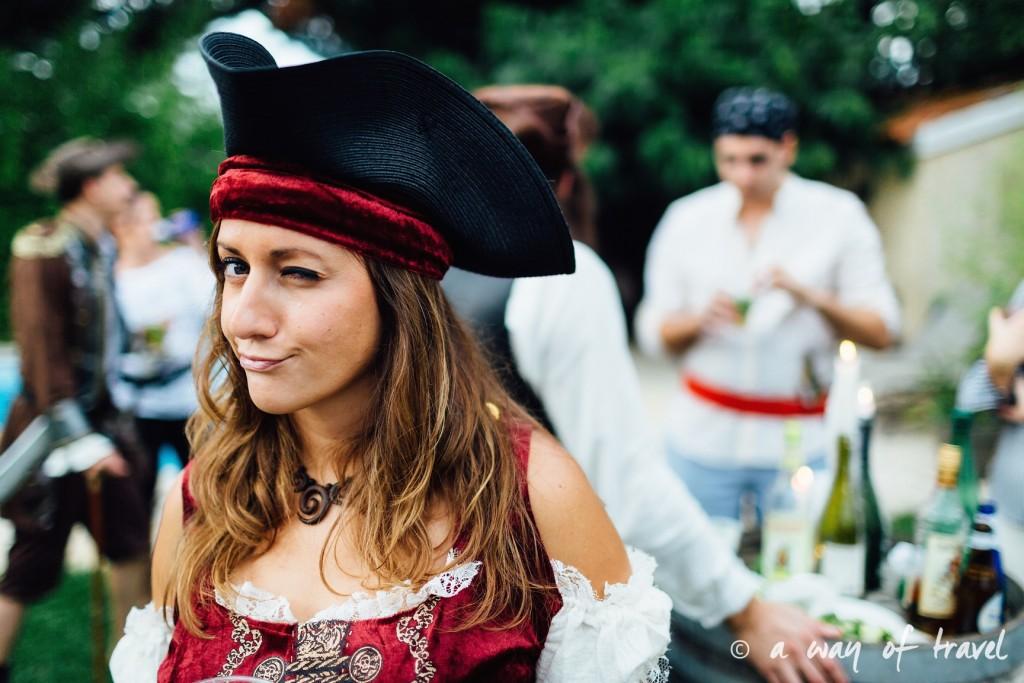 Soiree theme pirate fete deco anniversaire deguisement 21