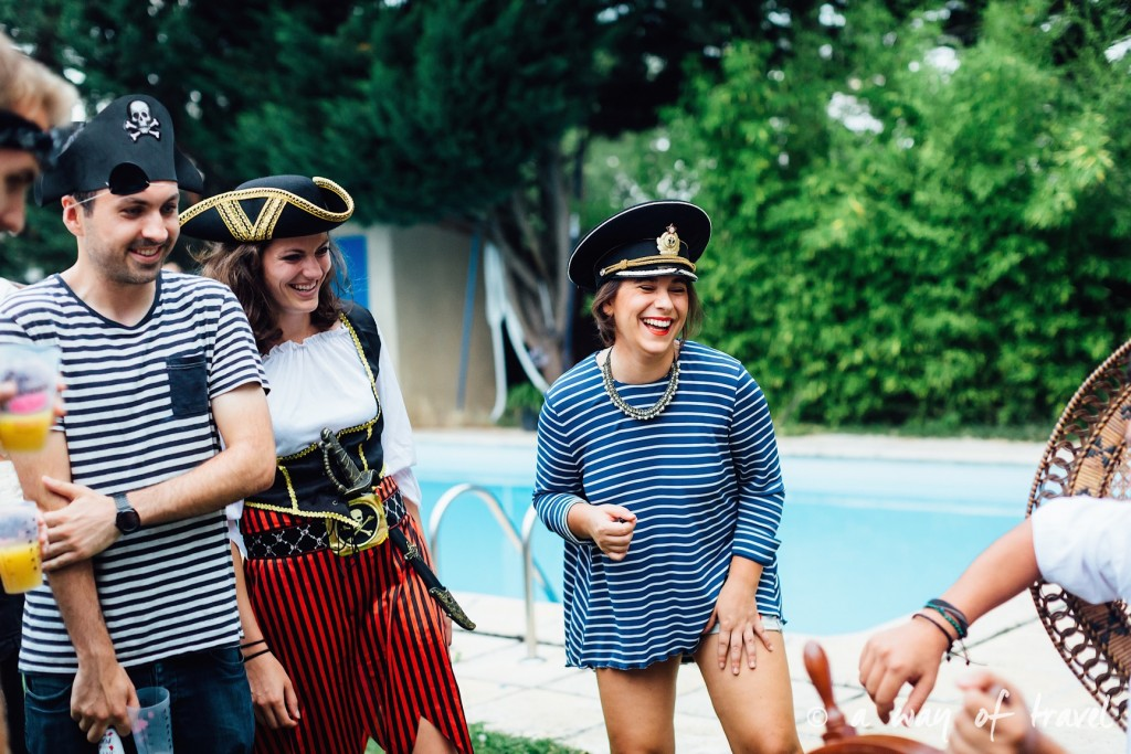 Soiree theme pirate fete deco anniversaire deguisement 30