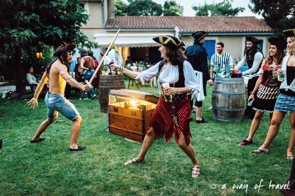 Soiree theme pirate fete deco anniversaire deguisement 34